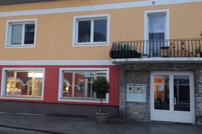 Neu sanierte Wohnung im Zentrum von Ebensee
