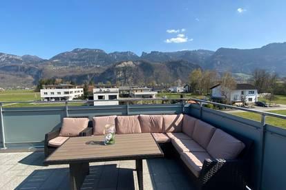 Luxus Penthouse mit Atemberaubenden Blick auf die Berge