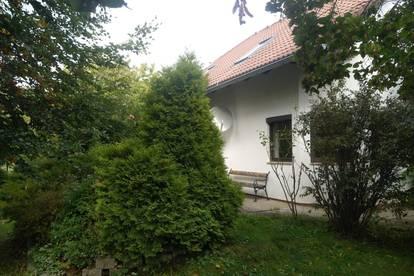 Einfamilienhaus zur Miete mit großem Garten
