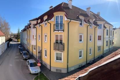 Helle und zentral gelegene 82 qm - 3 Zimmer Wohnung direkt im Herzen von Neunkirchen