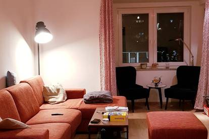 möbliertes Zimmer in geräumiger 2er WG