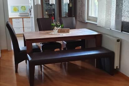 Helle provisionsfreie 3-Zimmer Wohnung in Uni- und Seenähe mit Balkon