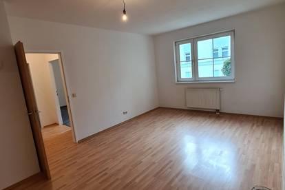 Helle 3-Zimmer Wohnung mit super Raumaufteilung - PROVISIONSFREI
