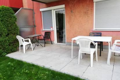 Gepflegte Garconniere mit großem Garten und großzügiger Terrasse in zentraler Lage- Provisionsfrei!