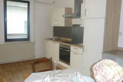 Sonnige Wohnung mit Balkon im Zentrum von Wilhelmsburg