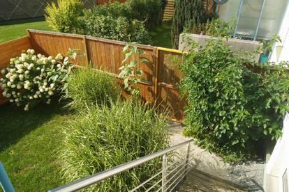 Helle Mietwohnung mit Gartenzugang