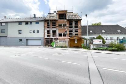 Hinreißende Zwei-Zimmer Wohnung   Terrasse und Gemeinschaftsgarten