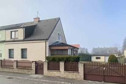 Doppelhaushälfte auf großzügigem Grundstück