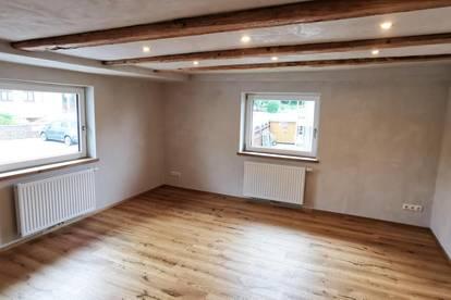 Doppelhaushälfte - Erstbezug nach Sanierung