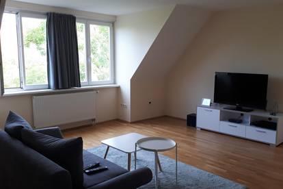 Uni-nahe Wohnung in Toplage
