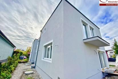 Projekt Kottingbrunn - Verkehrsgünstige Lage- Doppelhaushälfte 2 Wohneinheiten mit Eigengarten und Parkplätze!