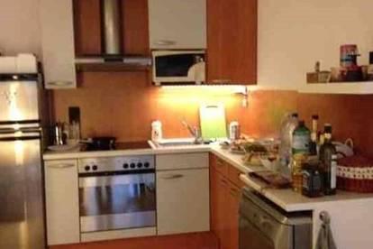 Sonnige 2-Zimmer Wohnung in Nähe Türkenschanzpark mit SW Balkon & Einbauküche zu vermieten