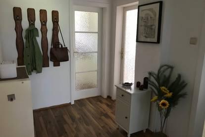 Ruhig gelegene Wohnung im Garten zu vermieten