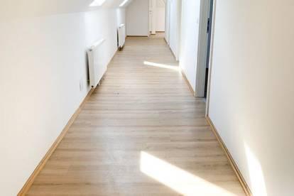 Studenten aufgepasst!! ++Perfekte Wohnung für eine 5er WG++