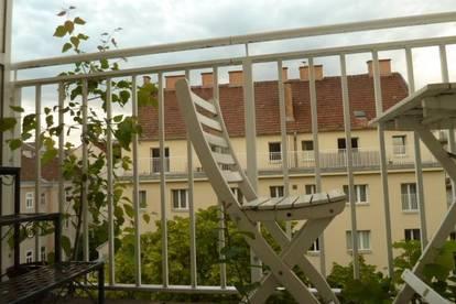 Provisionsfreie Nichtraucherwohnung mit 2 Terrassen für Single oder Pärchen