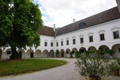 Wohnen im Schloss Tillysburg (provisionsfrei + ohne Ablöse)