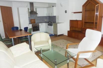 zentrale 2 Zimmer Pärchen Wohnung Mondscheingasse