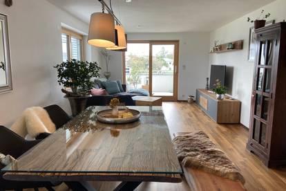 Nachmieter zum 1. Februar 2021 gesucht / wunderschöne 3 Zimmer Wohnung mit Balkon
