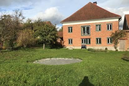 Bauernhaus mit Stall in Bestlage