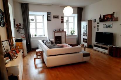Schöne und helle 2-Zimmer Wohnung im Zentrum von Weyer