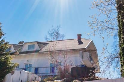 Großräumiges Mehrfamilienhaus mit Potenzial