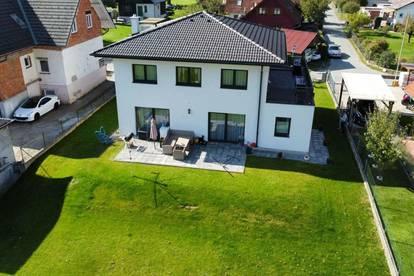 Großzügiges Haus mit sonnigem Garten