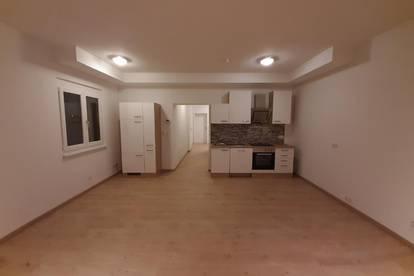 Zentrale 2-Zimmer-Wohnung Nähe Wien zu vermieten