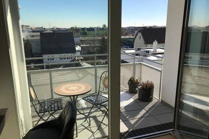 Provisionsfreie, tolle, helle Wohnung mit Balkon, vollausgestatteter Küche, Lift und Garage