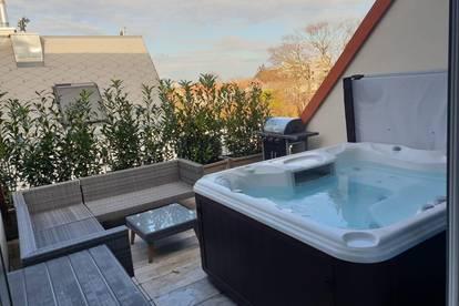 Klimatisierte Dachgeschoßwohnung mit Terrasse und Whirlpool (Provisionsfrei)