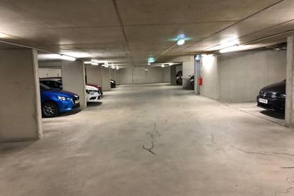 Eckplatz | Stellplatz | Tiefgarage in Neubau | Barrierefrei ] Lift