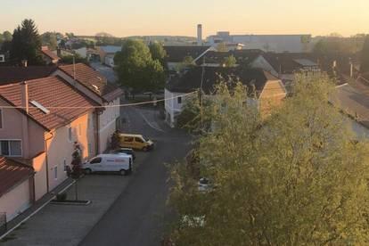 provisionsfreie, neu renovierte Wohnung inkl. Loggia im Zentrum von Waizenkirchen
