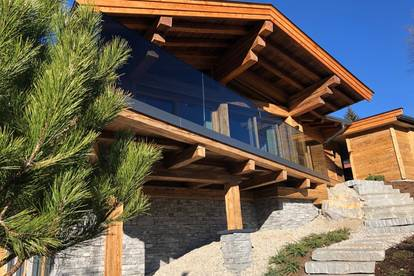 Chalet REITH in sonniger Hanglage mit Bergblick