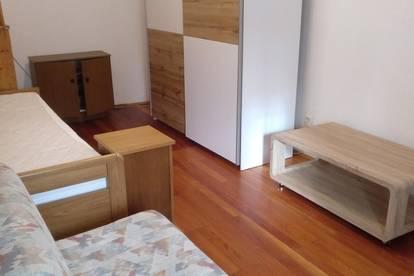 33m2 nette Kleinwohnung-Günstig zu mieten