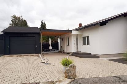 Bezugsfertiges Haus mit zwei Parzellen