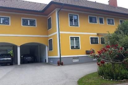 Ruhige, helle EG-Wohnung am Stadtrand mit guter Infrastrukturanbindung