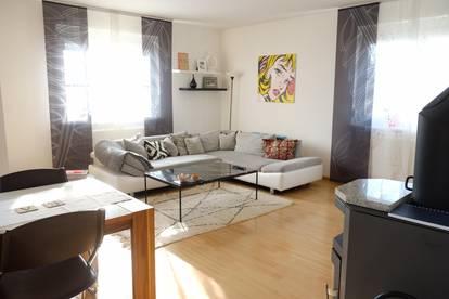 Schöne helle Wohnung zu vermieten