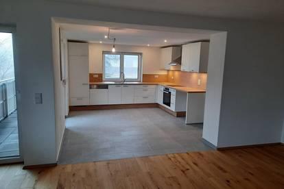 Frisch sanierte 4-Zimmer Wohnung in Vöcklamarkt