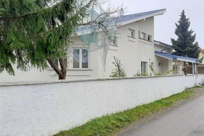 Wunderschöne, sonnendurchflutete Doppelhaushälfte mit großzügigen Räumen in Graz-Liebenau!