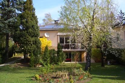 Provisionsfrei! Ruhige Mietwohnung mit Terrasse, Gartenbenützung