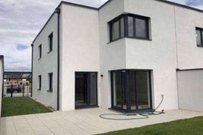 Moderne Doppelhaushälfte zu Vermieten