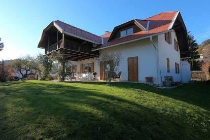 Landhausvilla am Golfplatz nahe dem Wörthersee / Pörtschach / Krumpendorf / Moosburg