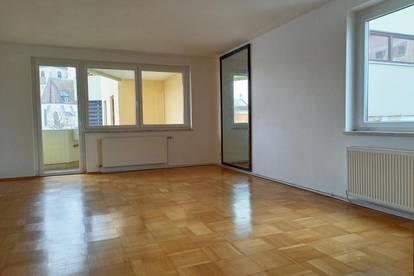 Steyr Umgebung, sonnige, geräumige Wohnung direkt am Ennsfluss in Haidershofen