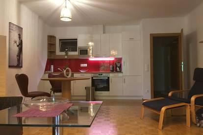 Neu renovierte Wohnung in sehr guter Lage (provisionsfrei)