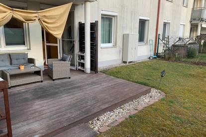 Wohnung mit Garten + Tiefgarage
