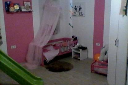 vermiete Zimmer in meinem Haus!