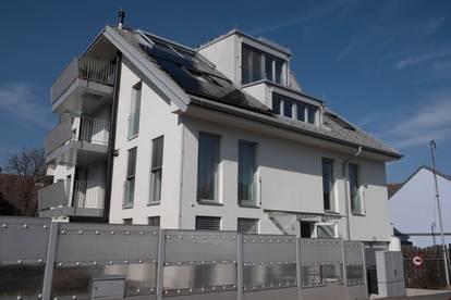 Dachgeschosswohnung mit 2 Balkonen
