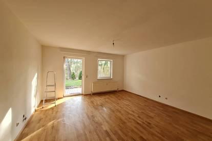 Singlewohnung mit kleiner Terrasse, 2 Kellerabteilen und Parkplatz