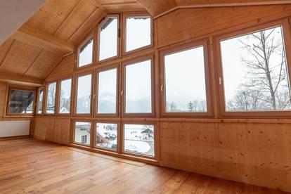 Dachgeschoßwohnung in sonniger und ruhiger Lage