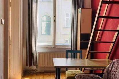 Charmantes 11m² Zimmer mit Hochbett in Altbau WG