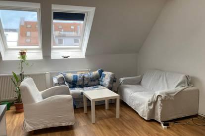 Dachgeschosswohnung mit Galeriezimmer